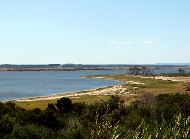 La laguna Garzon hacia el noroeste
